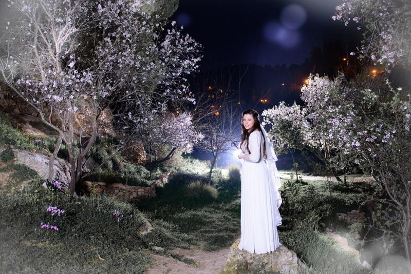 תמונה קסומה של אוריה פרל בחתונה, השמלה היתה מדהימה